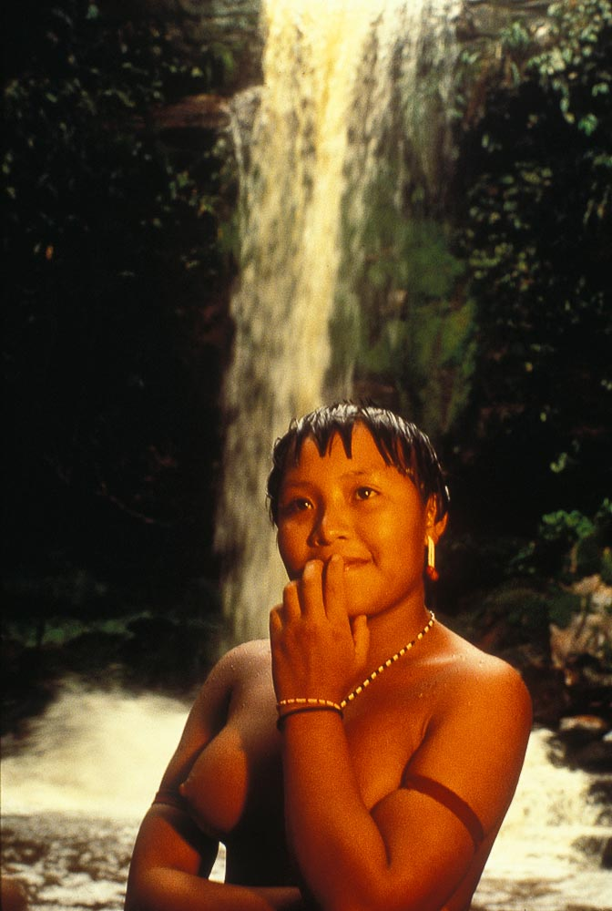 Yanomami-woman-Amazon-IDYA0413.jpg